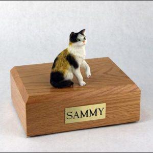 figurine-cat-calico-2-1