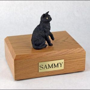figurine-cat-shorthair-black-2-1