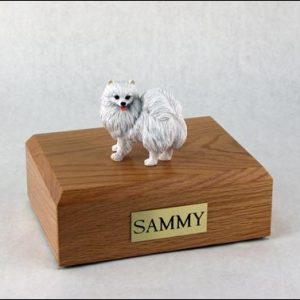 figurine-dog-american-eskimo-pose-2-1