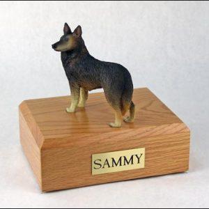 figurine-dog-belgian-tervuren-pose-1-1