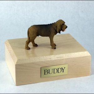 figurine-dog-bloodhound-pose-2-1