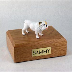 figurine-dog-bulldog-pose-6
