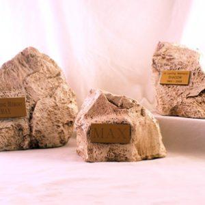 urn-rock-white