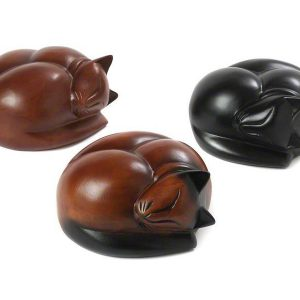 PETRIBUTES_Carved_Sleeping-Cats_Range